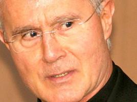 Monsignor-Nunzio-Scarano320