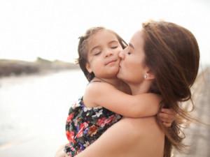 mamma-bambina-amore-400