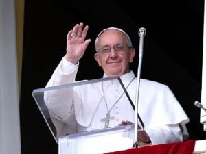Papa VATICANO_-_0104_-_Angelus