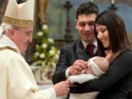 sinodo-famiglie-papa-battesimo