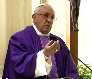 papa Francesco s.messa_.viola_