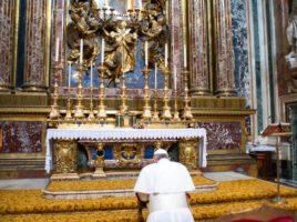 papa_francesco_preghiera1