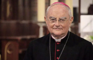 papa-francesco-nomina-mons-hoser-inviato-speciale-della-santa-sede-per-medjugorje_articleimage